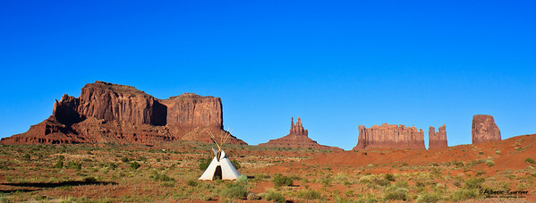 Monument Valley - Tepee