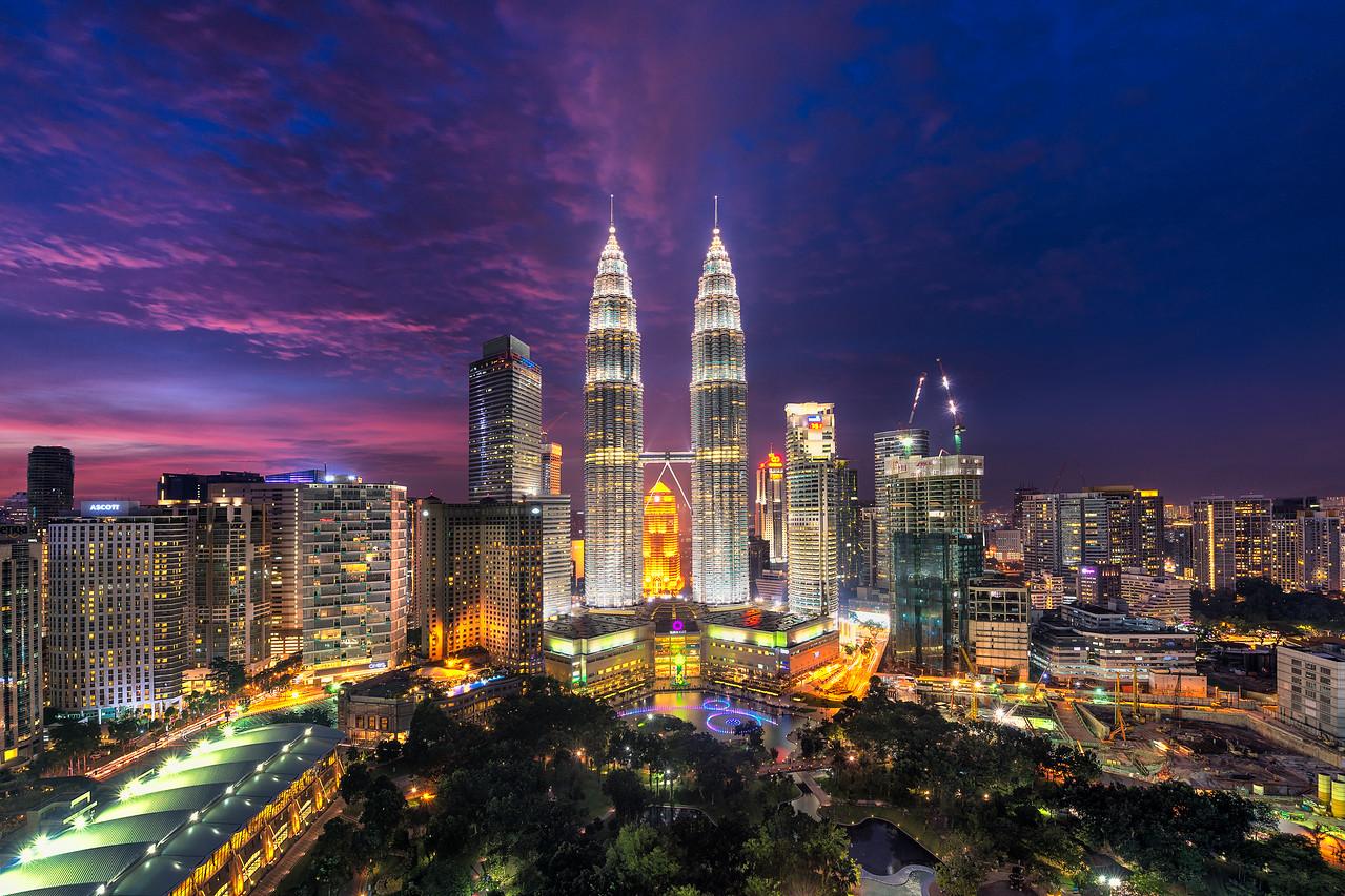 The Shining Gemini   Malaysia