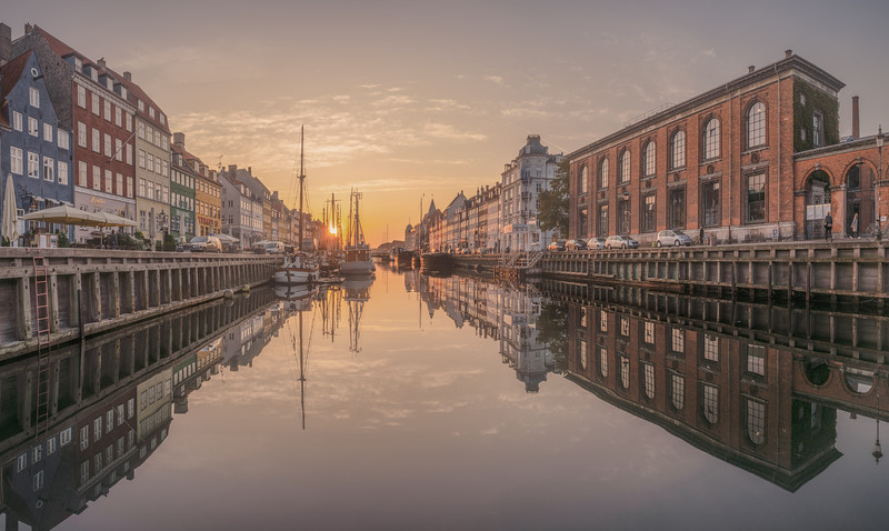 Nyhavn in a wide view