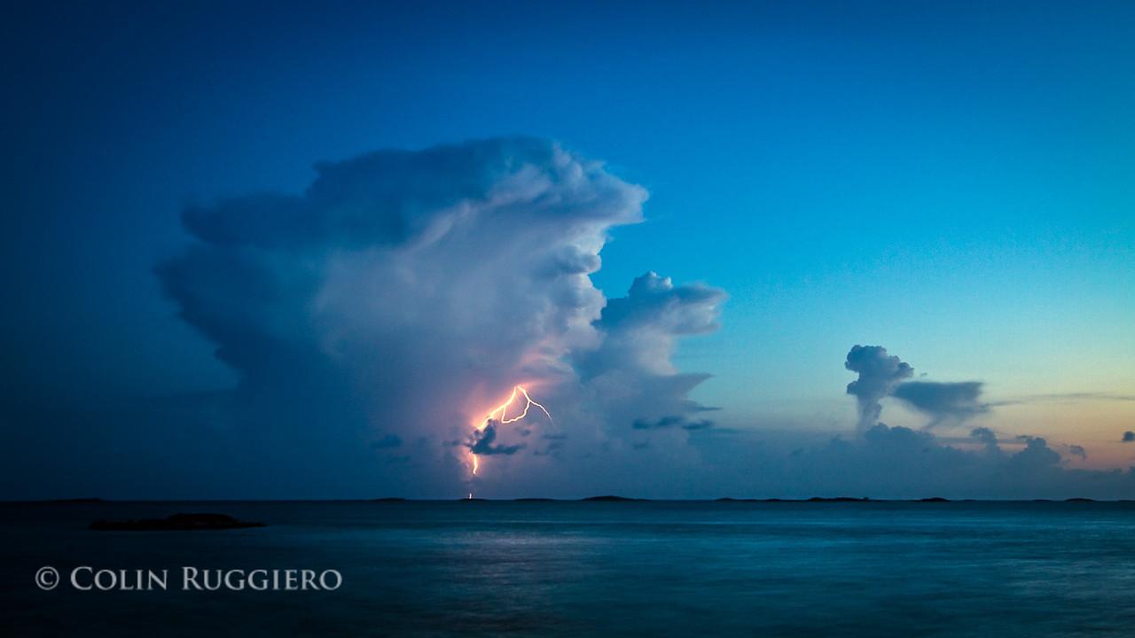 ColinRuggieroPhoto_Lightning_Cell_over_Exumas