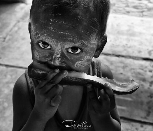 His eyes - Myanmese kid
