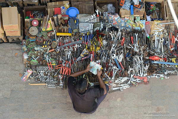Burmese selling tools