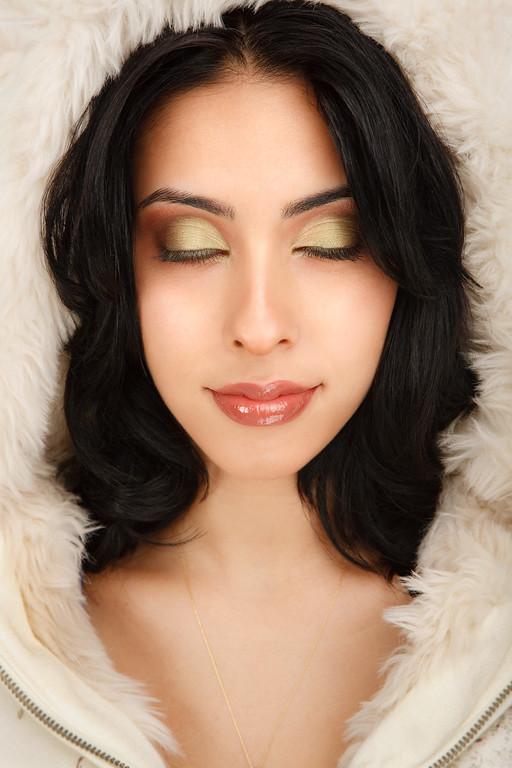 Beautiful Fashion Model Close-up Dream Expression