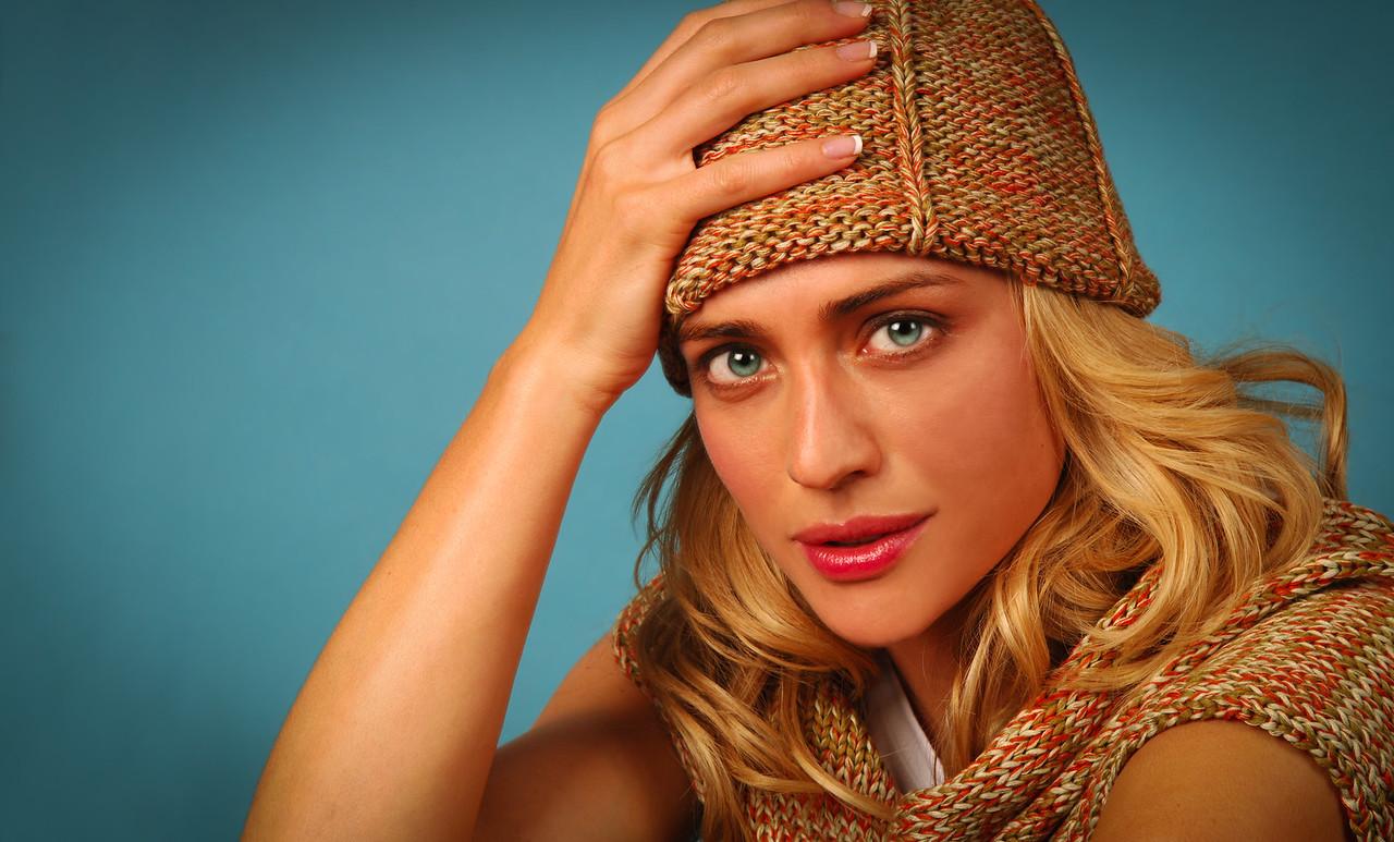 Beautiful young model wearing fall outware