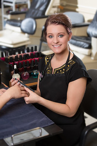 Salon Manicure