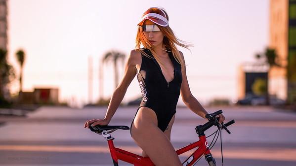 Cali Bike Girl