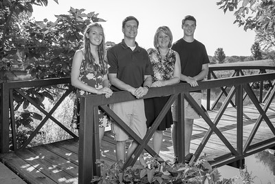 Garney-Family B&W (July 2018)-08
