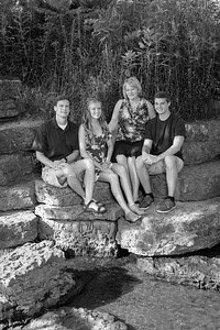 Garney-Family B&W (July 2018)-02