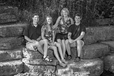 Garney-Family B&W (July 2018)-01