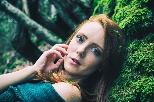 Model: Ashley Shaw