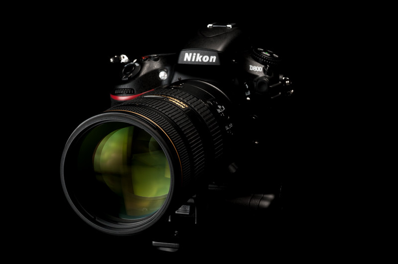 D800 with MB-D12 and 70-200mm f/2.8G VR II