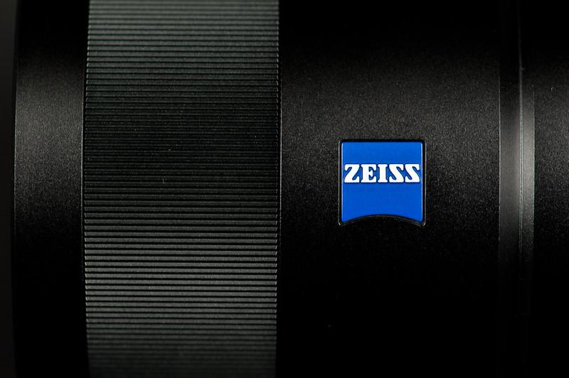Carl Zeiss 24mm f/1.8 T*