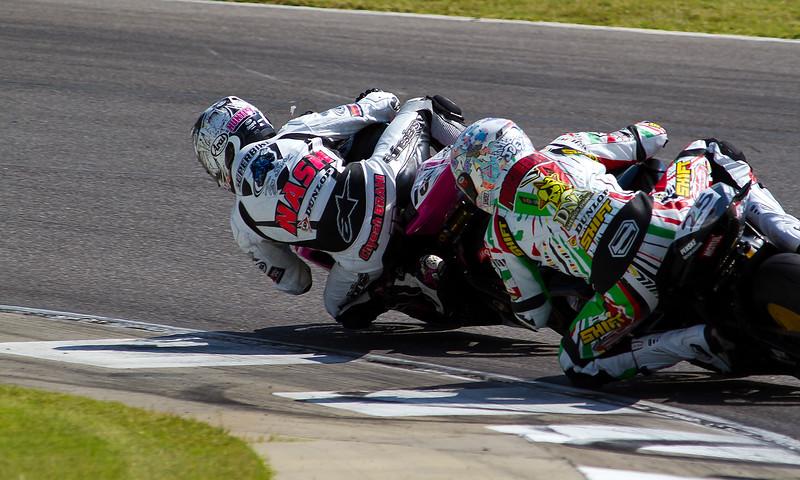 AMA Pro Supersport Riders Nash and Pascarella doing battle.
