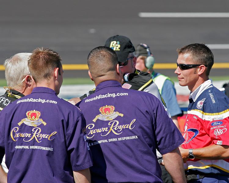 Roush racing talking it up at Talladega on pit road