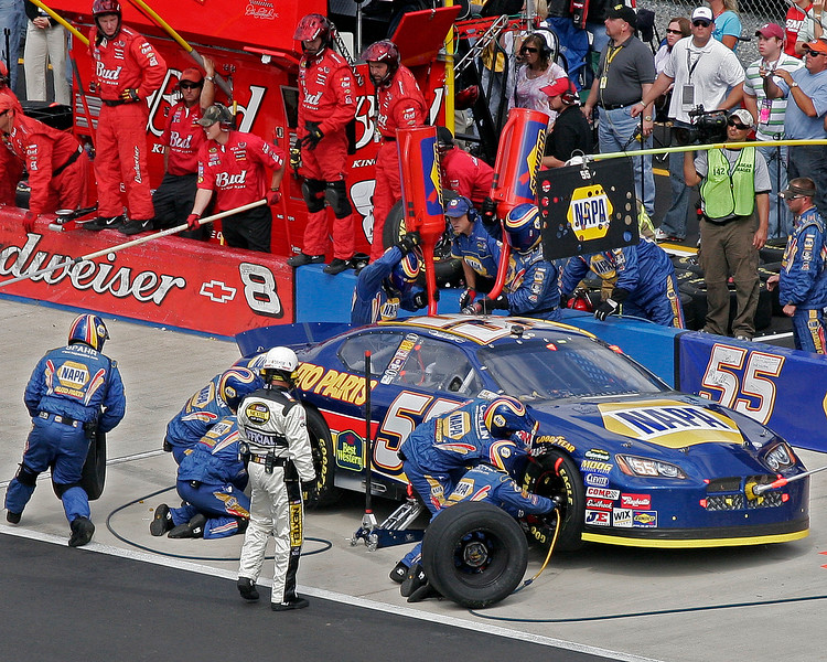 Michael Waltrip and the NAPA #55 crew on pit road Talladega