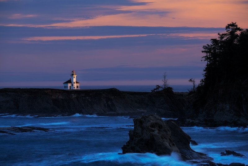 - Cape Arago Light