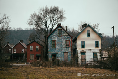 braddock_pa_row_houses_decay