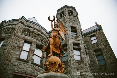 braddock_pa_carnigue_library_statue