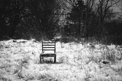 detroit_lone_chair_empty_lot
