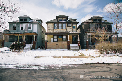 detroit_row_of_three_boarded_up_homes