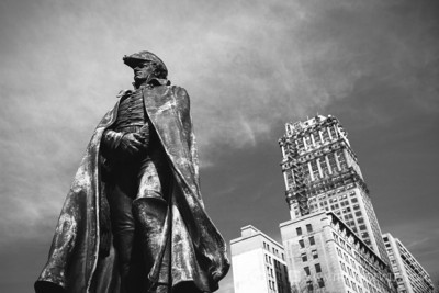 detroit_book_tower_general_alexander_macomb_statue
