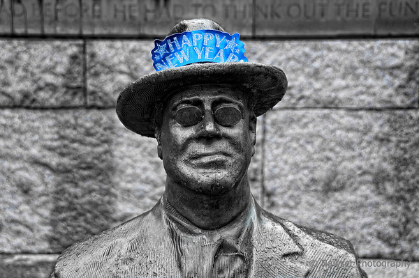 """FDR (aka Party Animal) (Day 362)  Nothing like defacing a national monument (in this case, the Franklin Delano Roosevelt Memorial in Washington DC) to begin the new year.   To see more of my handiwork on one of this wildman's Freemason brothers, click <a href=""""http://www.nawset.com/gallery/7350034_Cbef6#760012296_fCwXe"""">here</a>.  Thanks to my brother Dave for being my coconspirator.  (2010-01-01 9:22am)"""