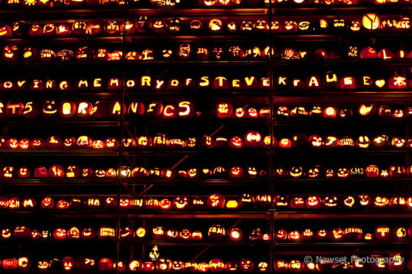 "Pumpkinfest (Day 286)  To get back to the shot of the day, click <a href=""http://www.nawset.com/Shot-A-Day/Shot-A-Day-2009/7032225_oFapa#684585192_sgW23"">here</a>.   (2009-10-17 7:27pm)"