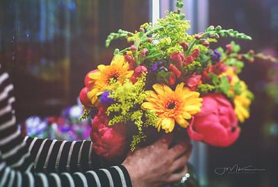 73/100 - Yoga & Flowers