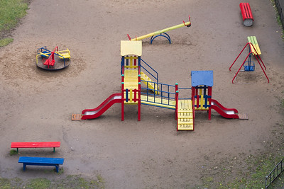 Детская площадка. Лето