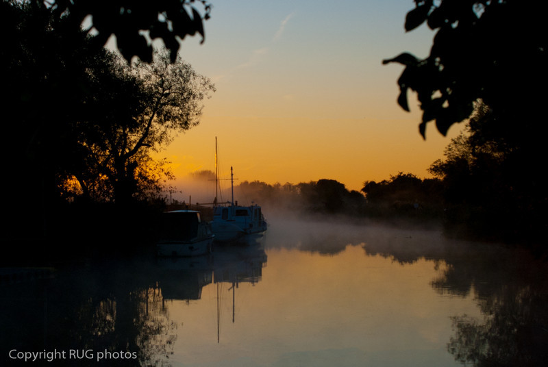 Misty sun rise over the river Stour, Plucks Gutter, Kent