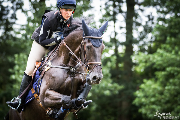 Stephanie D'ANDRIMONT, FERNHILL EXTREME