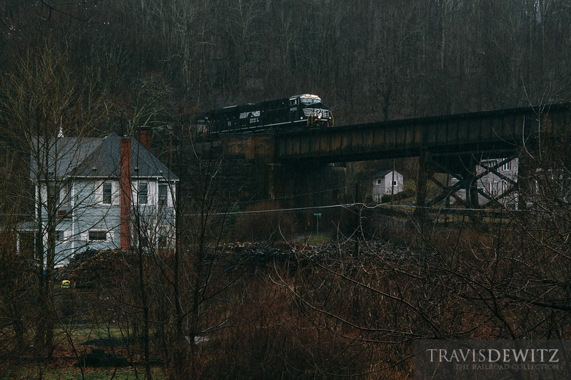 Norfolk Southern rolls over Coopers, West Virginia.