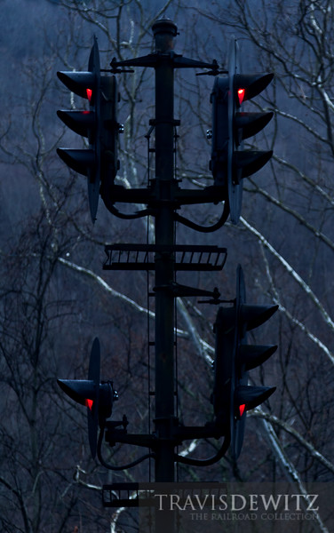Red signals stand gaurd on CSX rails near Prince, Wesy Virginia.