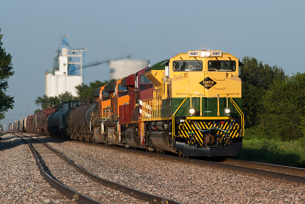 Norfolk Southern Heritage - Reading Lines