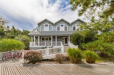 Spacious Saltaire Beach House