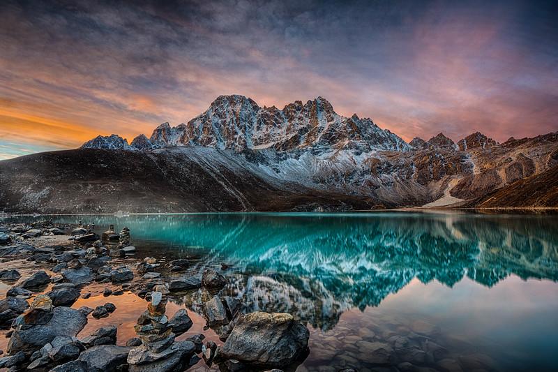 Gokyo Lake Sunrise, Nepal, 28-October-2019
