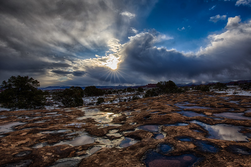Pothole Point Sunrise, Canyonlands National Park, Utah, USA