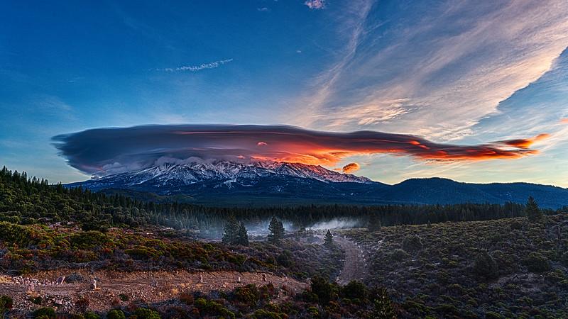 Lenticular Sunrise over Mt. Shasta, 20-December-2020