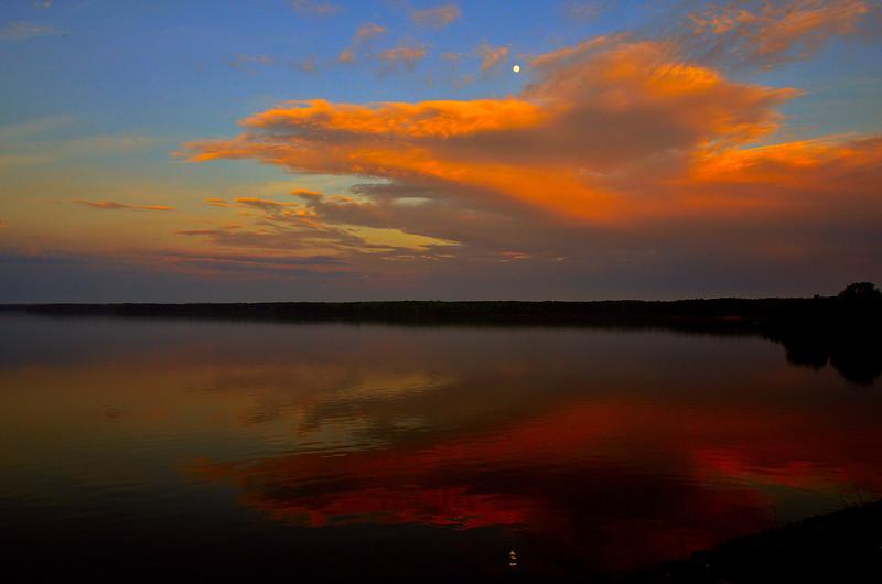 Rising Moon, Sunset