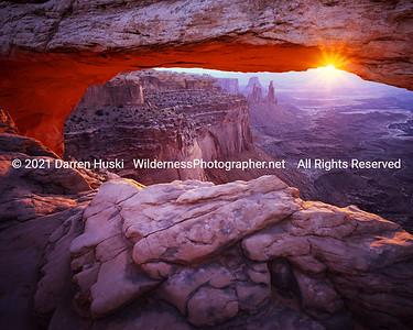 Sunrise at Mesa Arch, Canyonlands National Park.