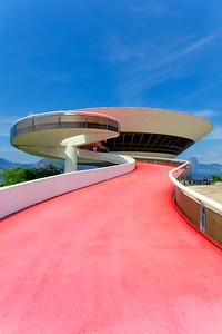Niterói Contemporary Art Museum, Oscar Niemeyer,  Rio de Janeiro (2)