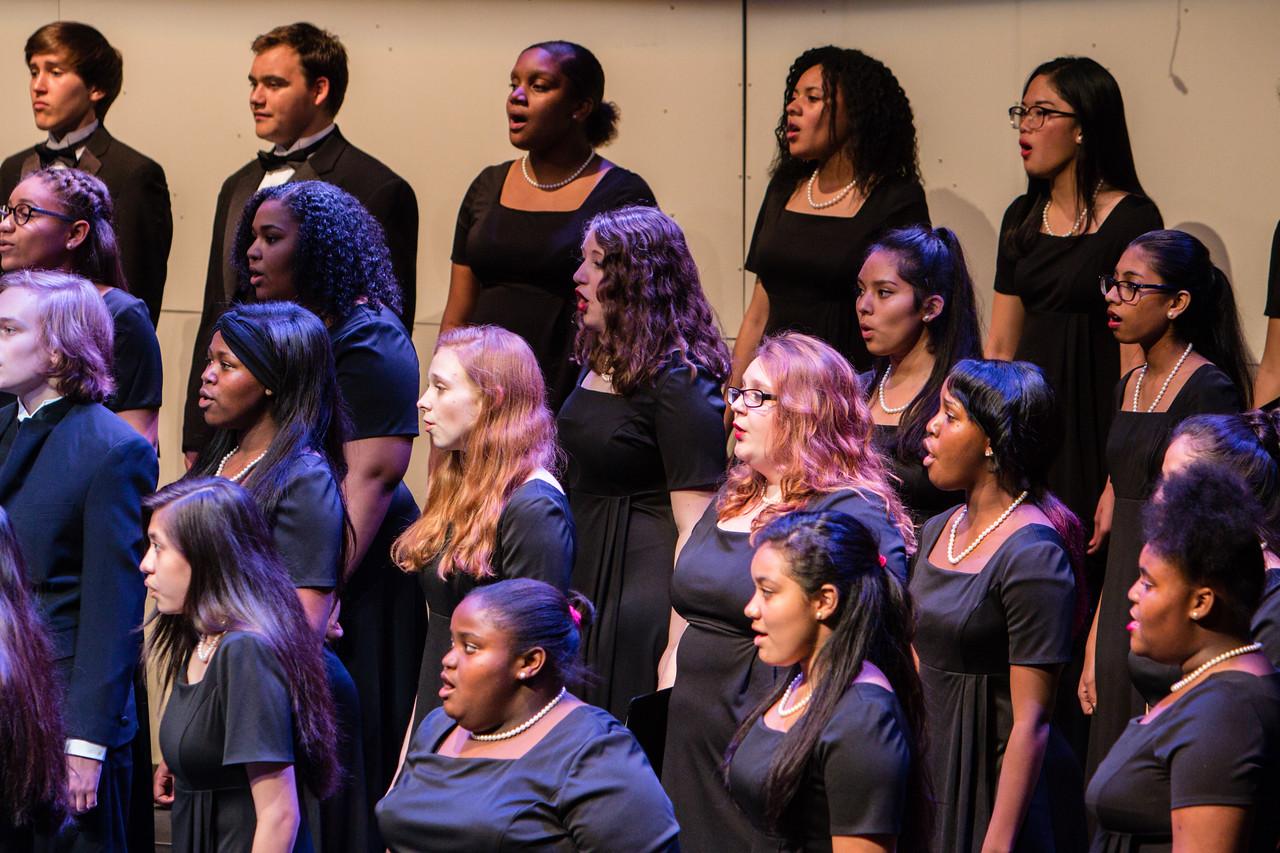 0525 Riverside HS Choirs - Fall Concert 10-28-16