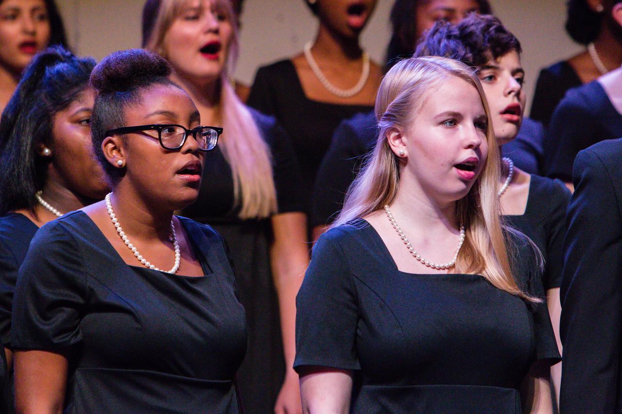 0028 Riverside HS Choirs - Fall Concert 10-28-16