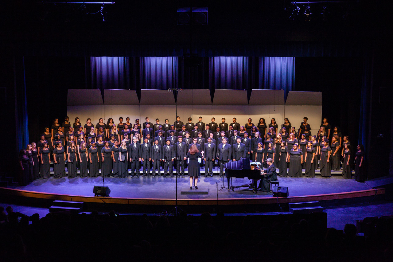 0566 Riverside HS Choirs - Fall Concert 10-28-16