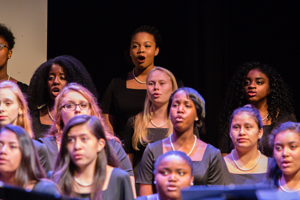 0075 Riverside HS Choirs - Fall Concert 10-28-16