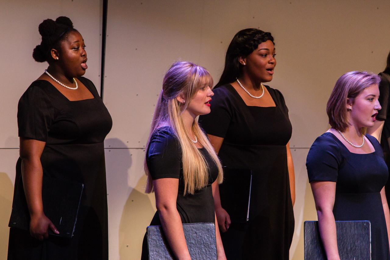 0443 Riverside HS Choirs - Fall Concert 10-28-16
