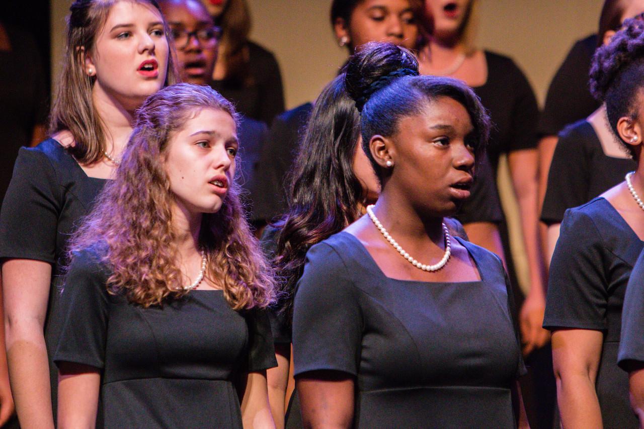 0030 Riverside HS Choirs - Fall Concert 10-28-16