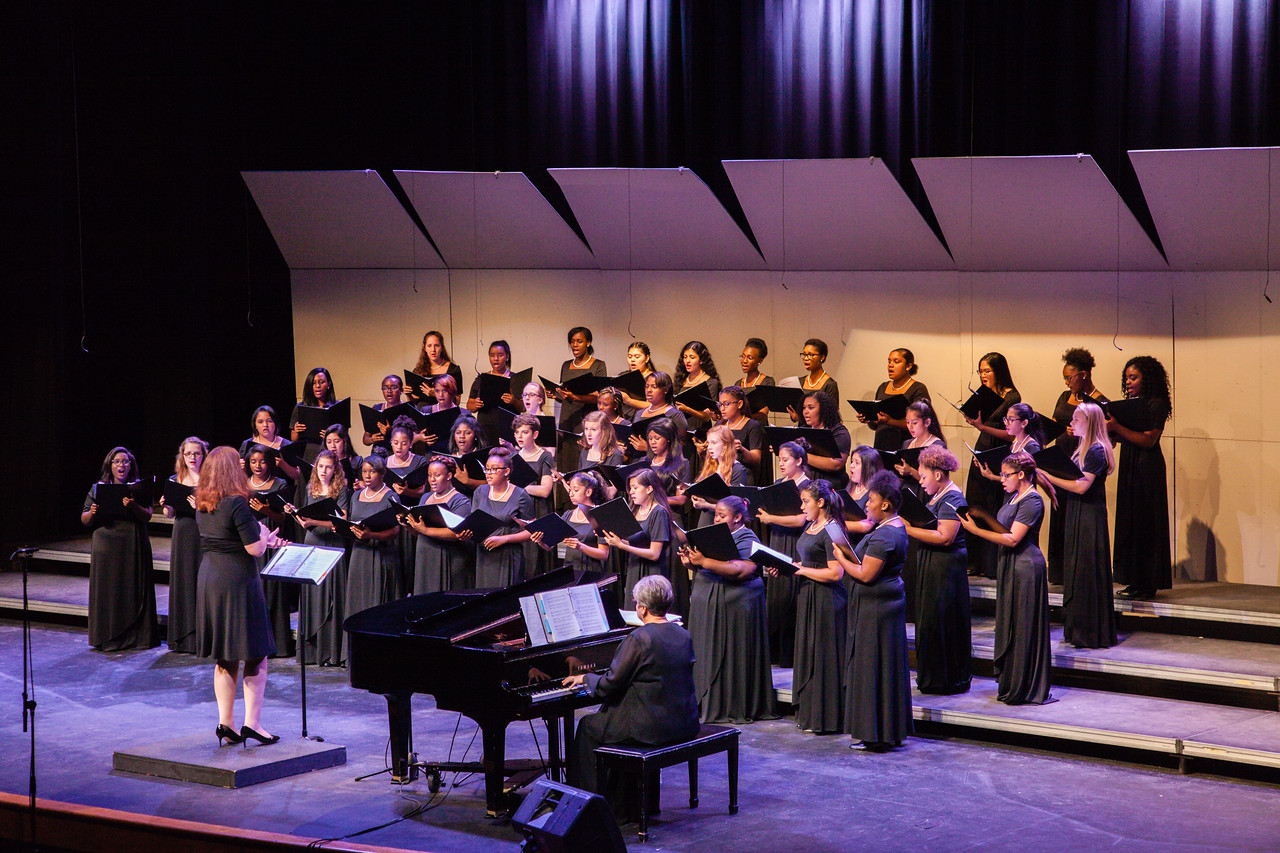 0194 Riverside HS Choirs - Fall Concert 10-28-16