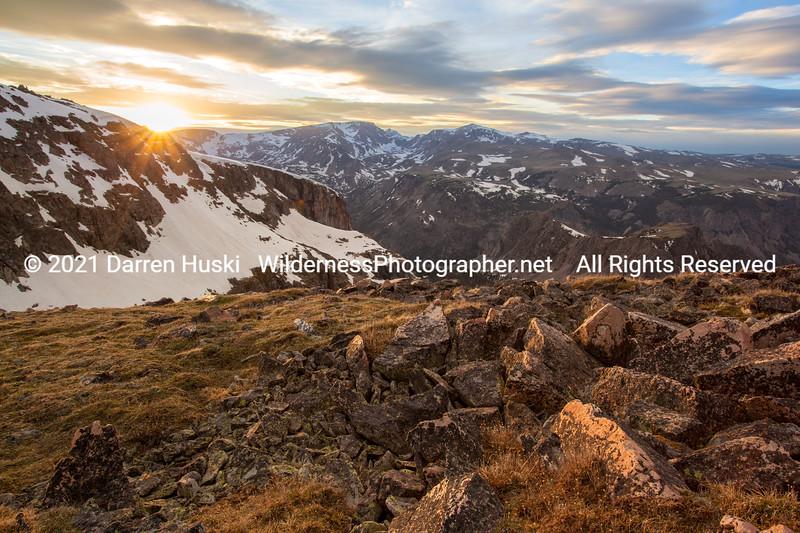 Huski_Rocky Mountains_2012_Jun_16_00939.jpg