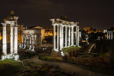 Forum Romanum at night | Rome